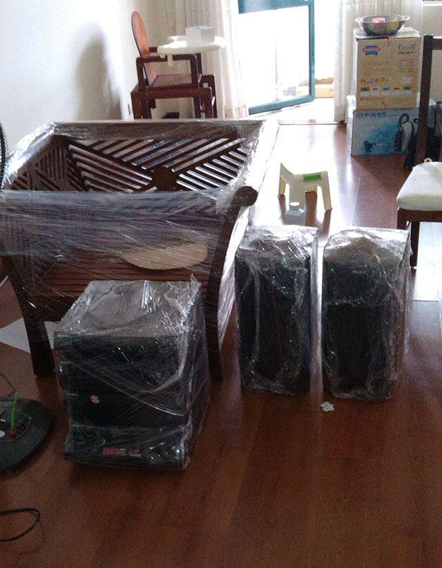 đóng gói ghế và loa