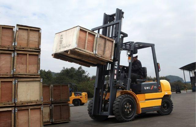 Vận chuyển hàng đi các khu công nghiệp