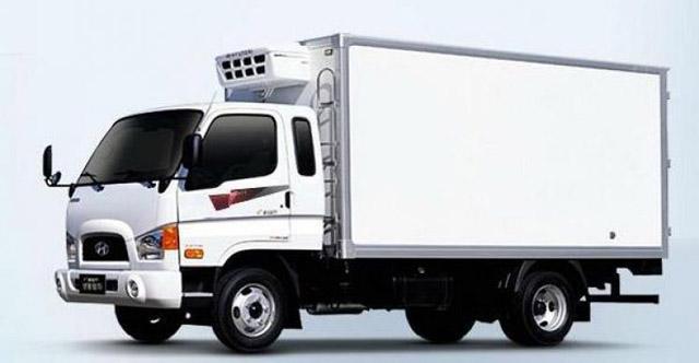 Xe tải chuyên chở của Vận tải Trung Tín