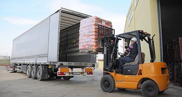Tại sao nên sử dụng dịch vụ vận chuyển hàng hóa đi Lào Cai của Vận Tải Trung Tín