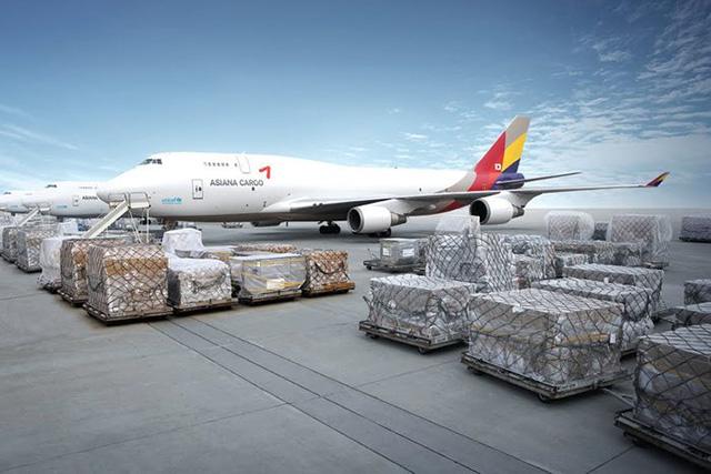 Giá cước vận chuyển hàng hóa bằng đường hàng không